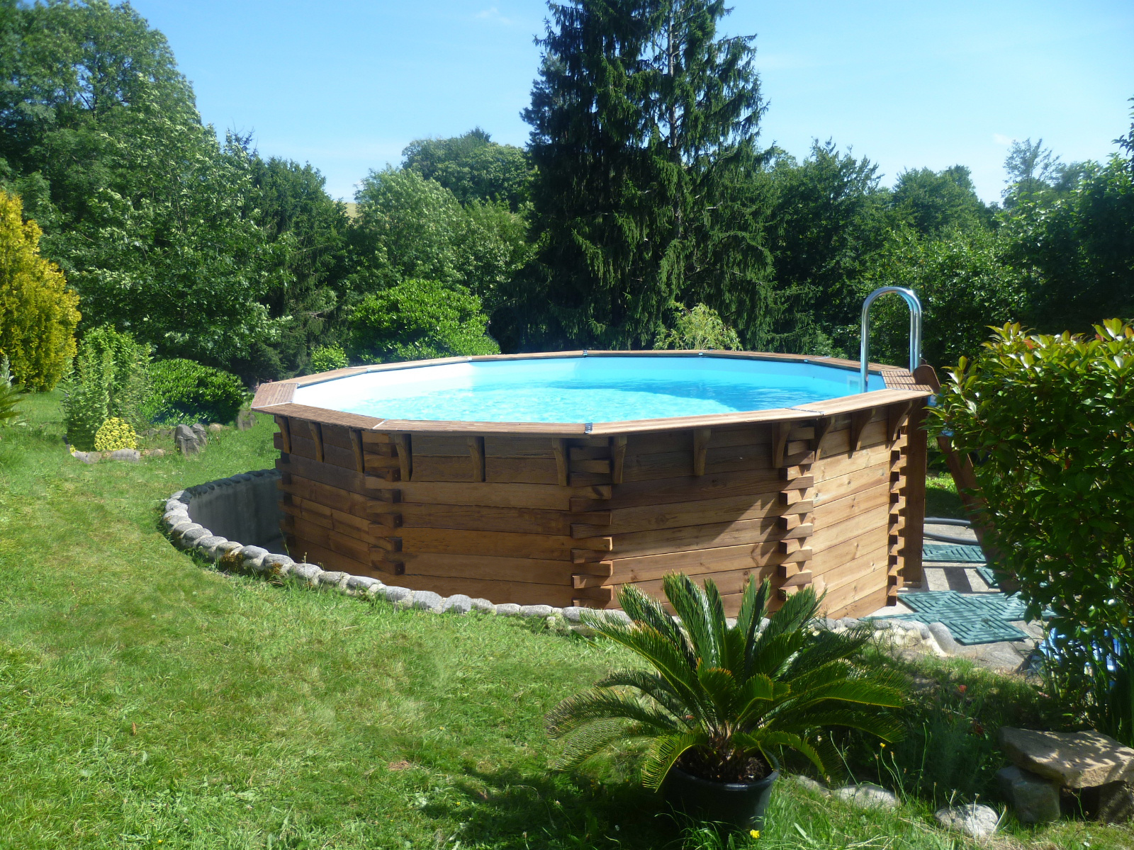 Piscine maeva500 hors sol piveteaubois piveteau bois for Amenagement piscine hors sol photo